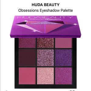 💜 HUDA Obsessions Amethyst Eyeshadow Palette💜